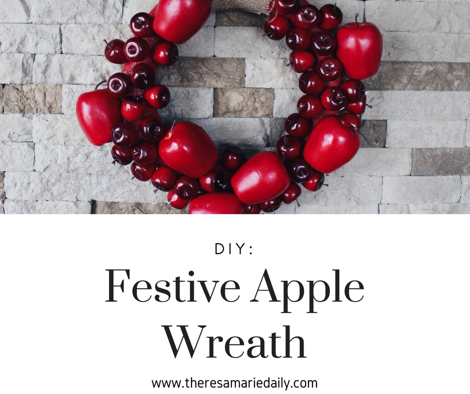 DIY: Festive Apple Wreath
