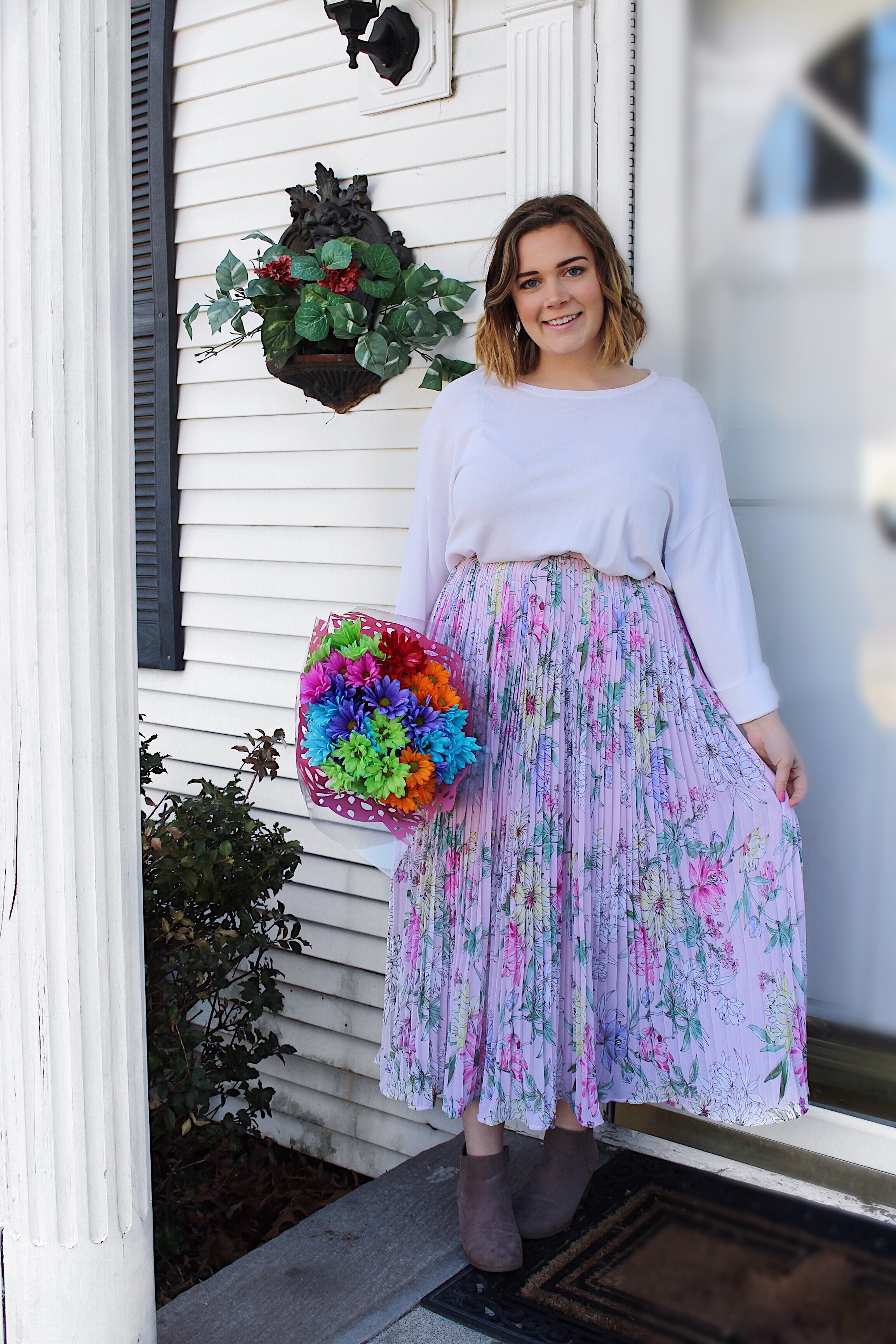 041c61633b I am absolutely obsessed with this outfit and I am so happy to say this  skirt is on sale for  19.99! Let s get into this outfit post! 💕🌼 🌸💐